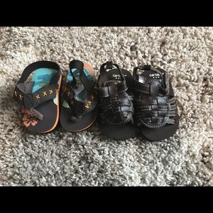 2 pairs of baby sandals
